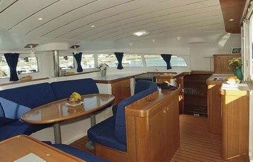 Salon Photo 1, Nauti Mermaid - a 41' catamaran