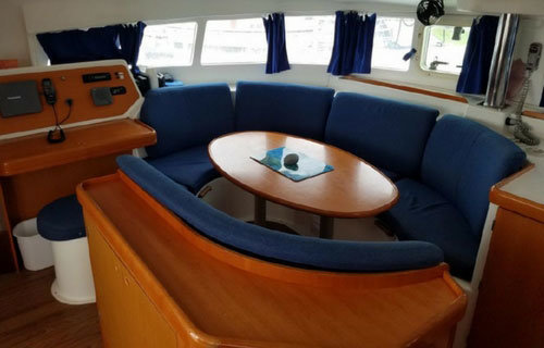 Salon photo 2, Nauti Mermaid - a 41' catamaran
